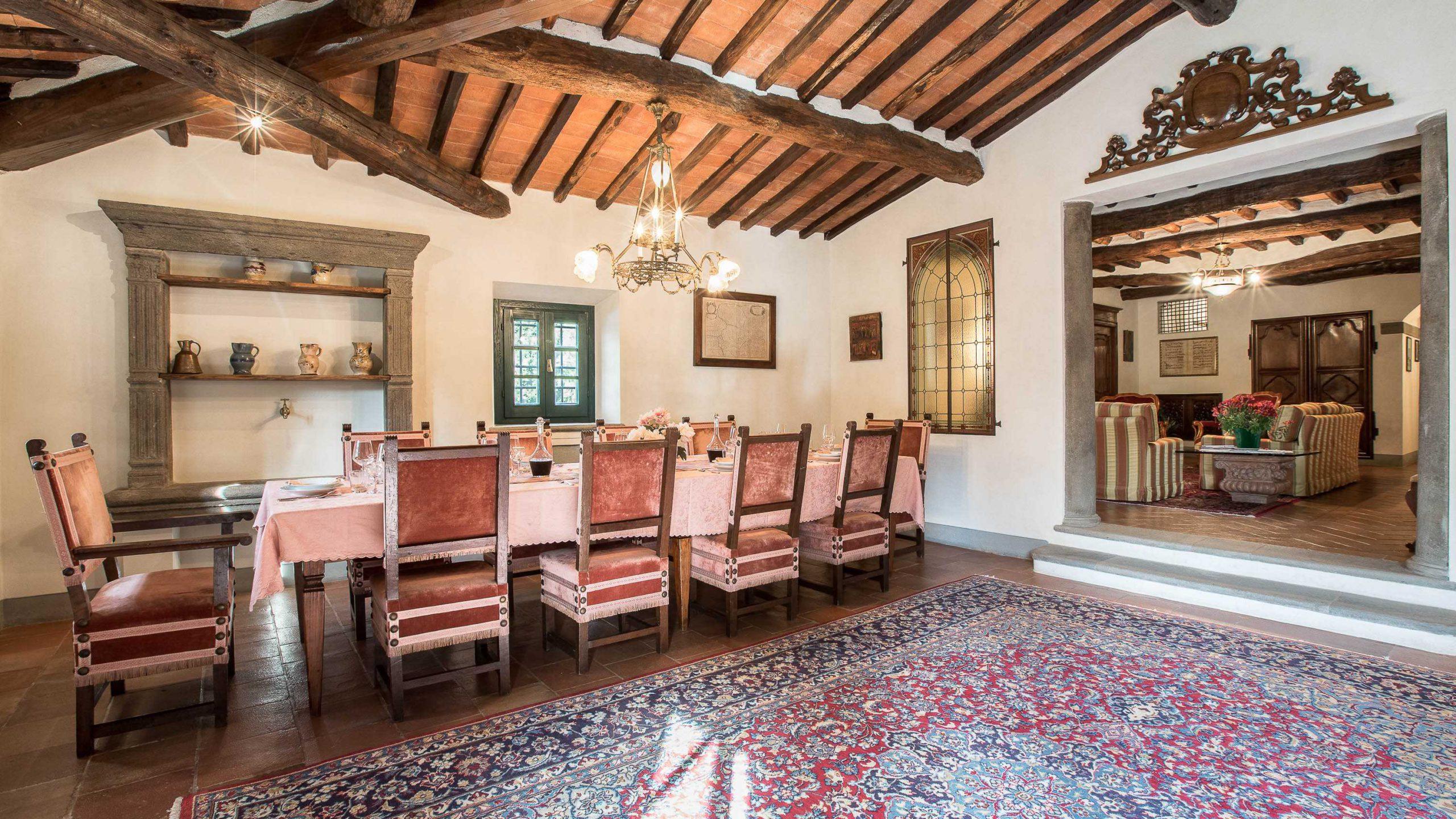 Villa dell' Angelo eetkamer