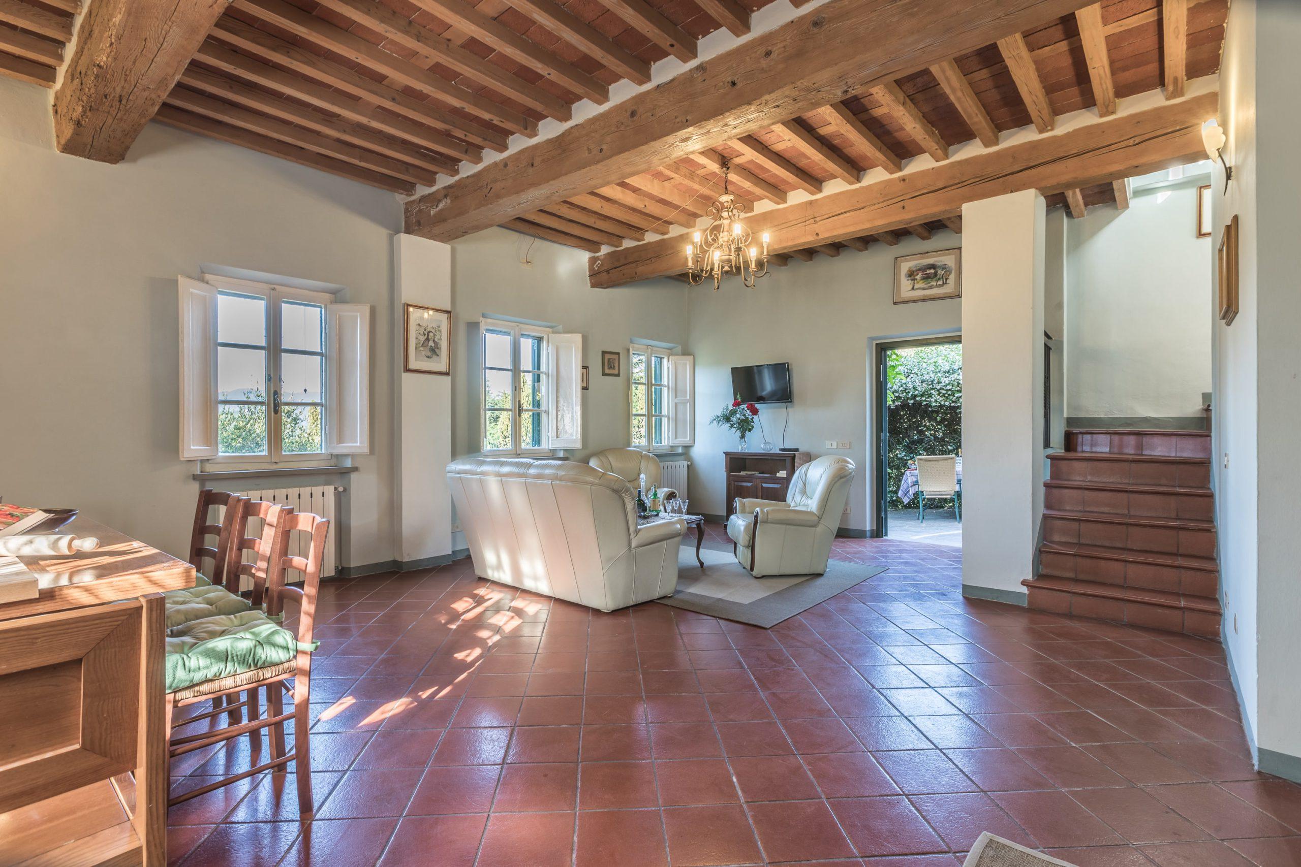 Tenuta Bellosguardo Toscana Lucca Gelsomino woonkamer