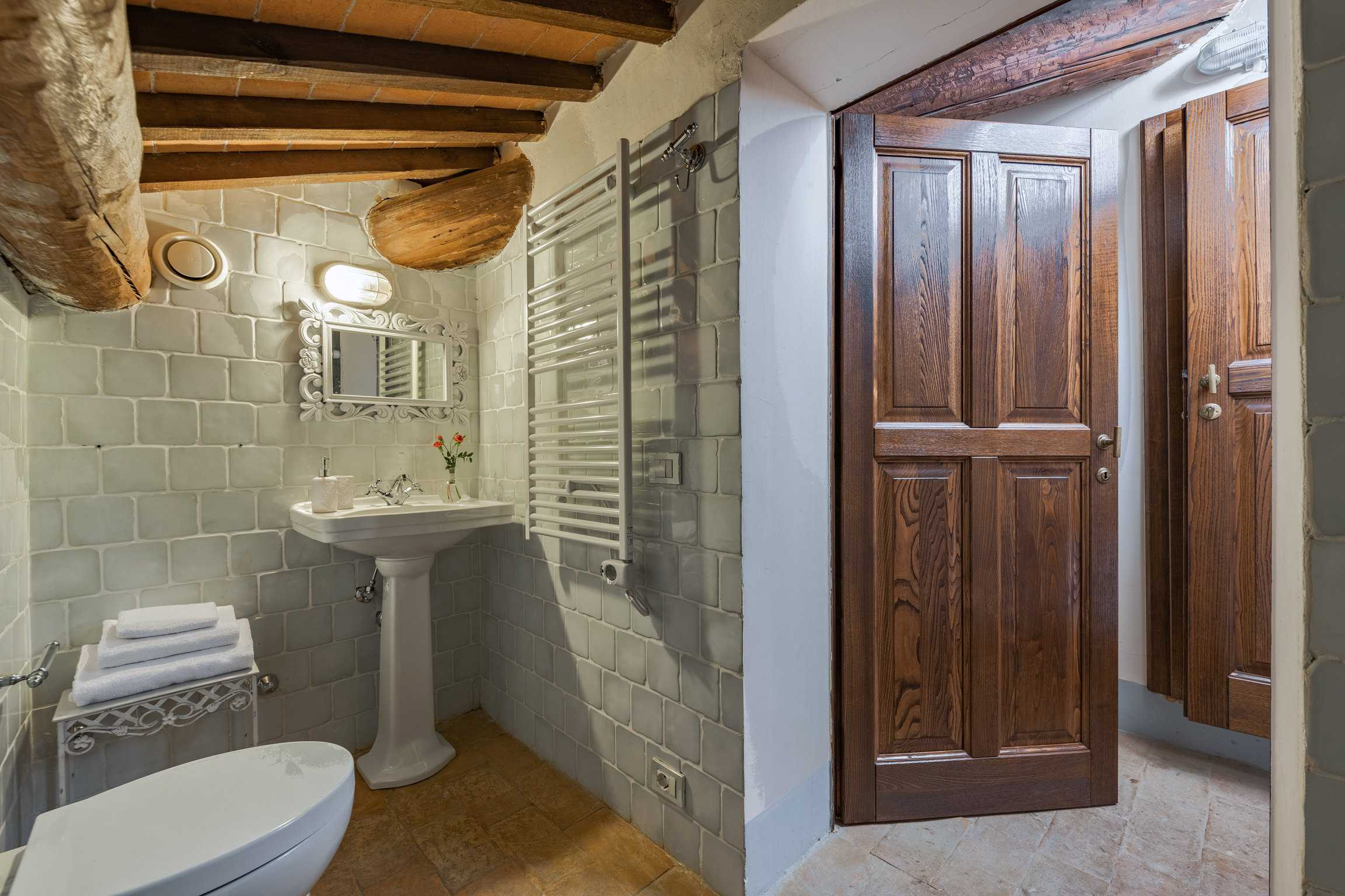 Villa de' Michelangioli badkamer