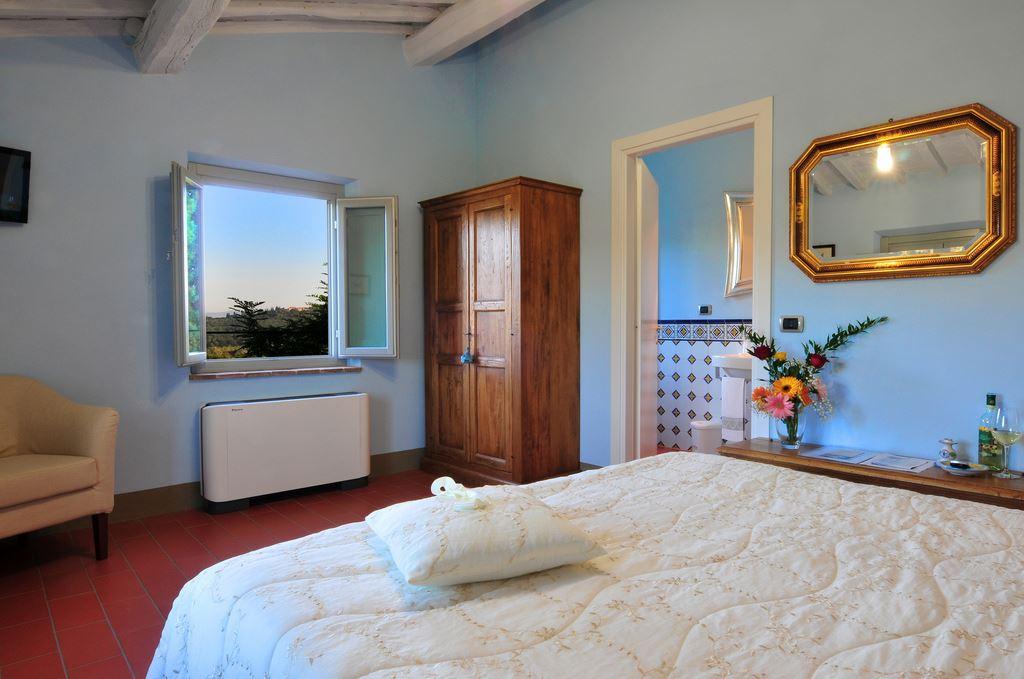 La Lucciolaia Toscana Fiordaliso