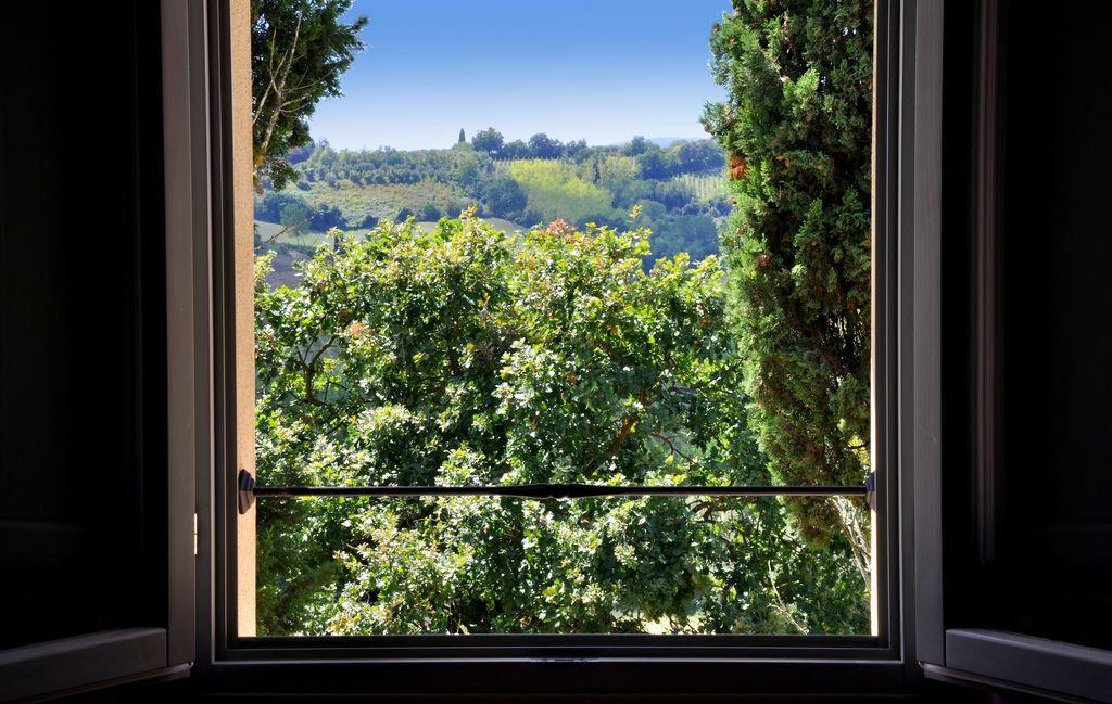La Lucciolaia Toscana Lilla