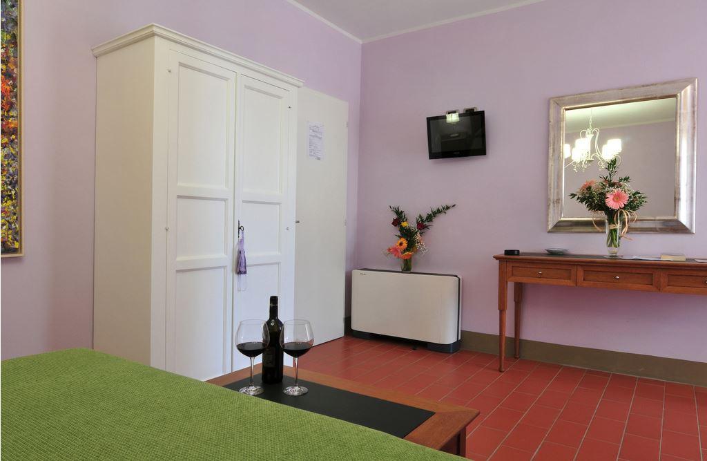 La Lucciolaia Toscana Viola