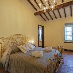 Villa Mezzavia interior bedroom